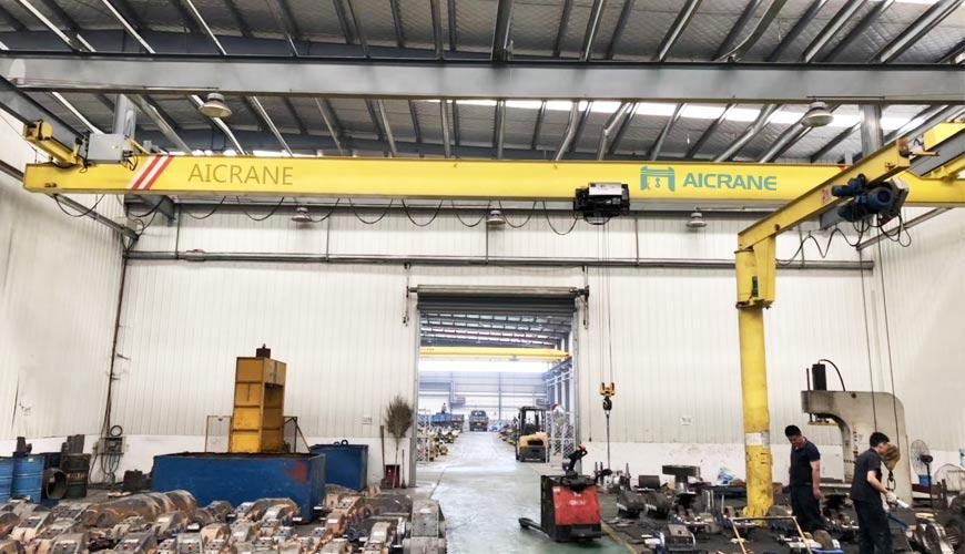 Электрический мостовой подвесной кран