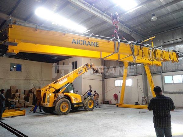 5-тонные двухбалочные козловые краны работают в ОАЭ.
